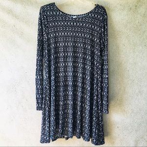 ✌ Old Navy Long Sleeve Shift Dress